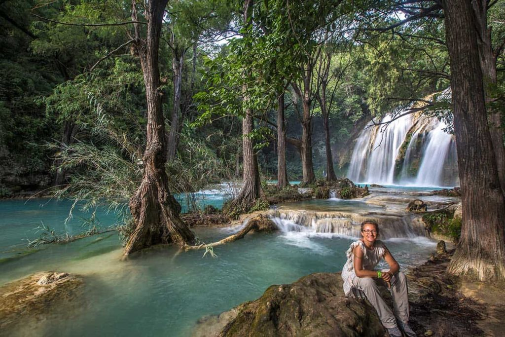 el chiflon waterfall I am sitting down on the right corner