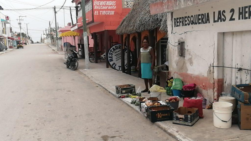 street vendor at El Cuyo yucatan