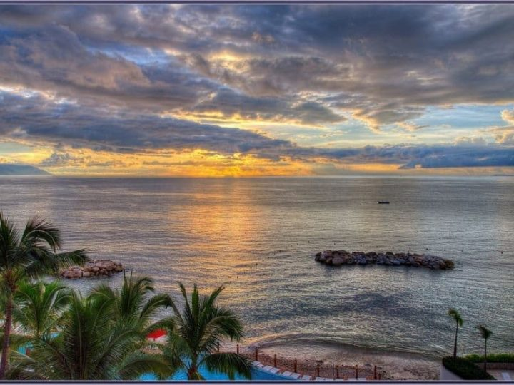 Puerto vallarta sunset - Puerto Vallarta Safety