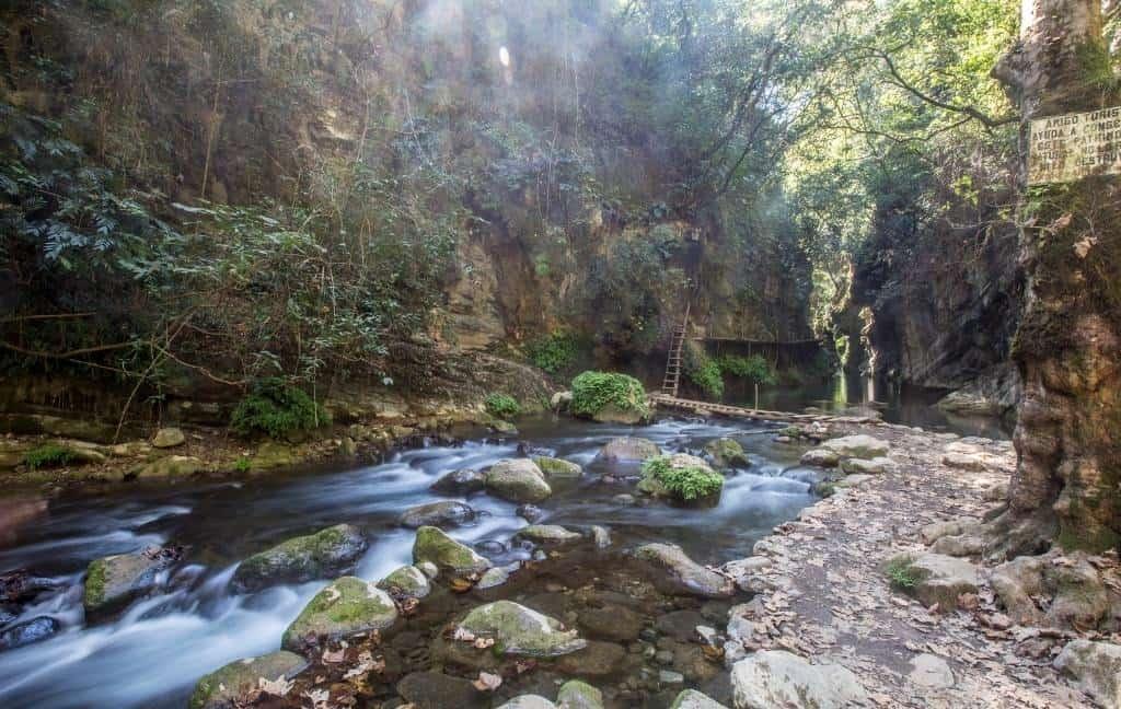 Angostura canyon