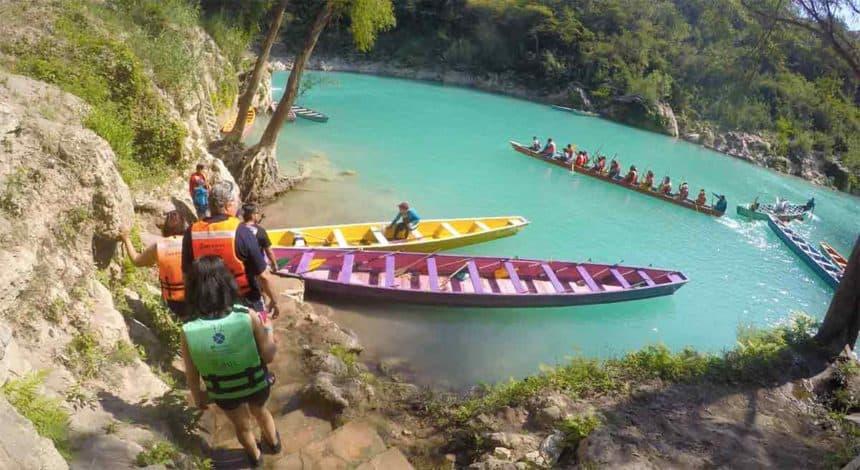 tamul river canoes