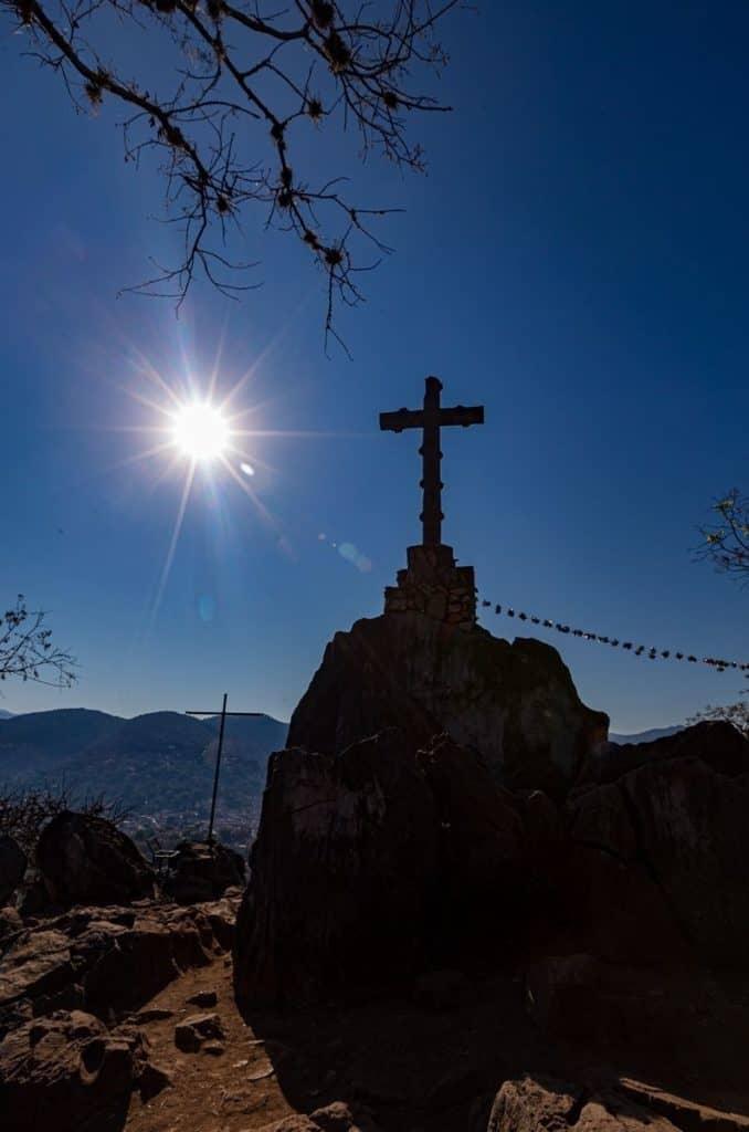 valle de bravo mexico pena cruz