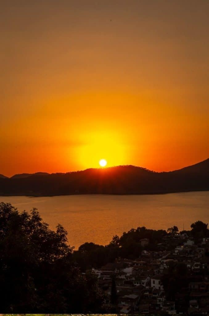 valle de bravo mexico sunset lake 1