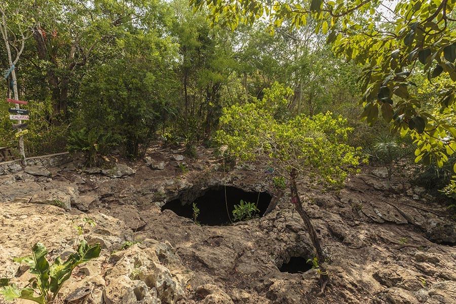 Mexico Tulum Cenote calavera