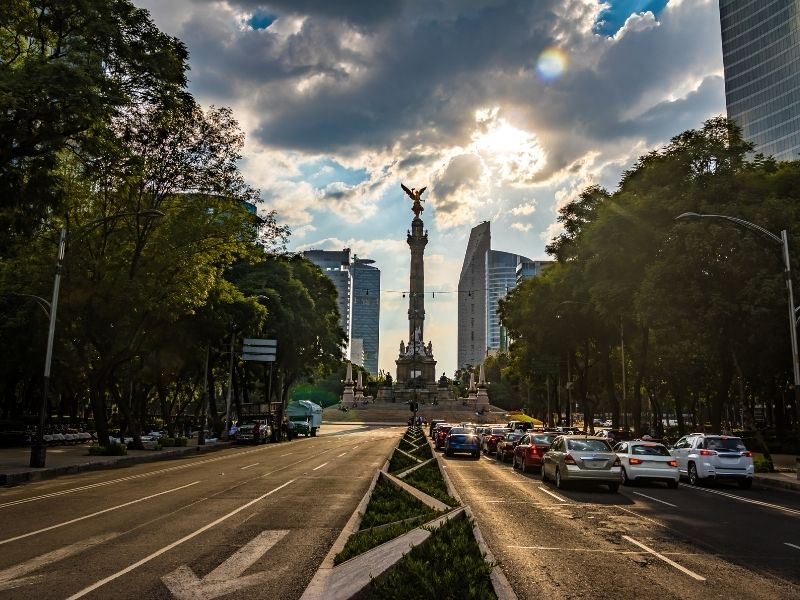 the angel statue in Mexico city at night