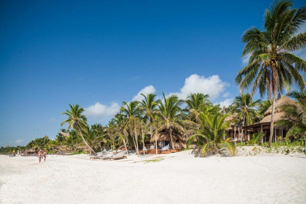 Delek Tulum beach