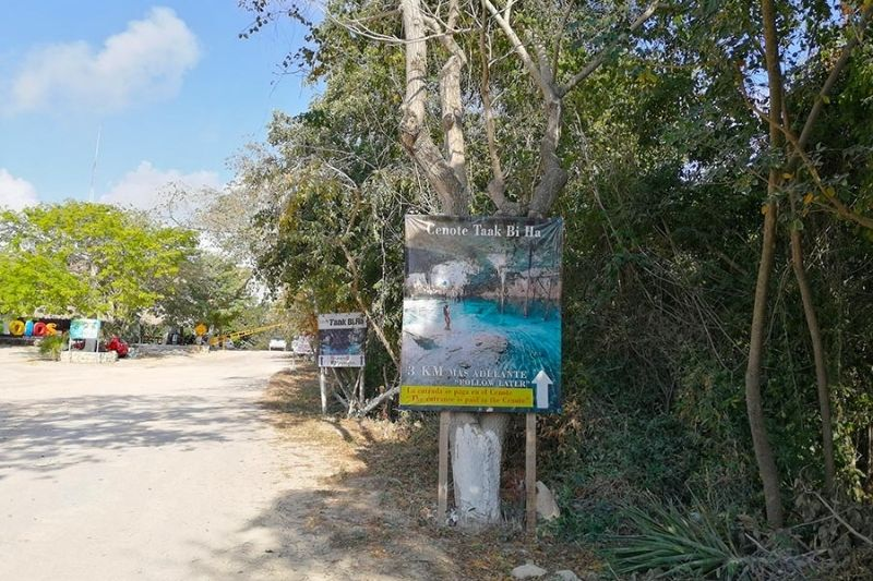 Cenote taak-bi-ha entrance