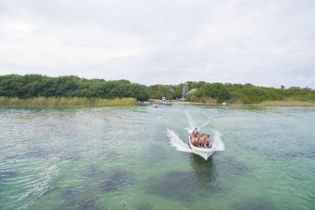 Siaan Ka'an boat tour