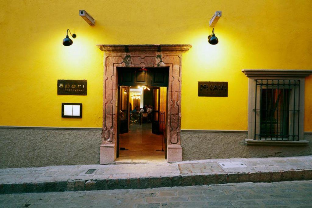 Dos Casas Entrance