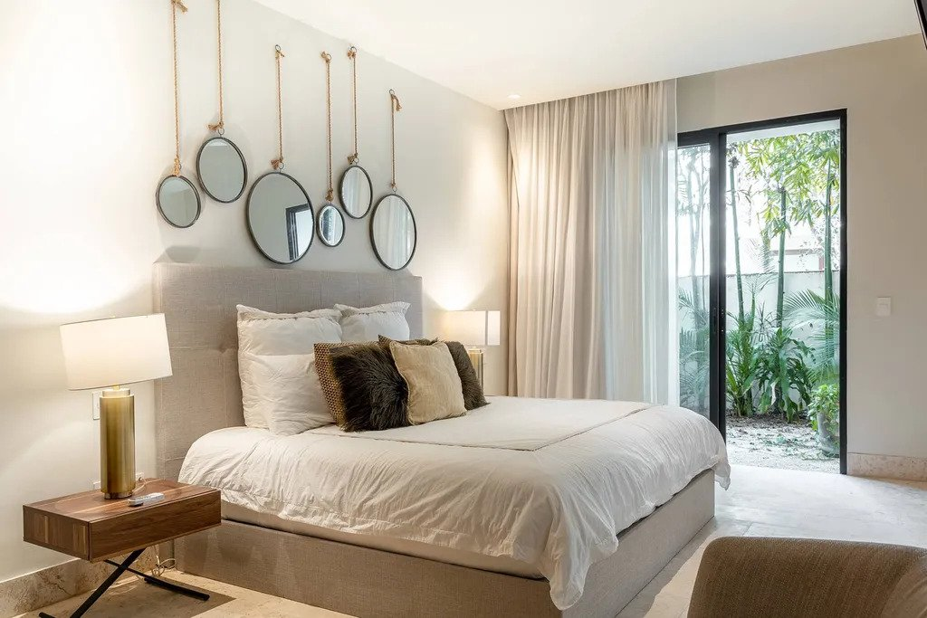 Flavia apartment bedroom