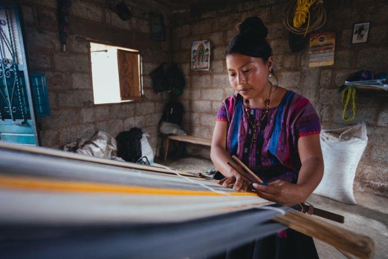 huipile making