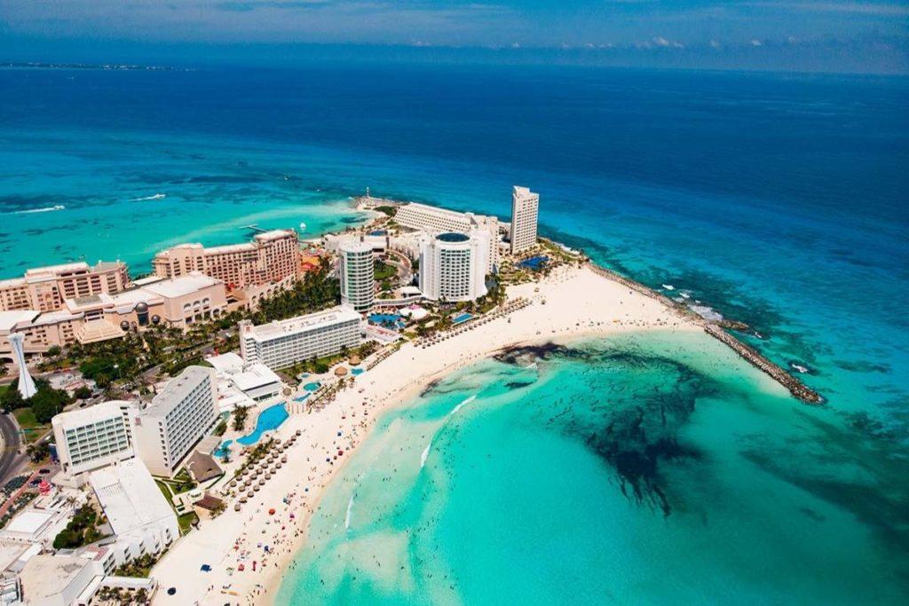 PUnta Cancun Aerial view