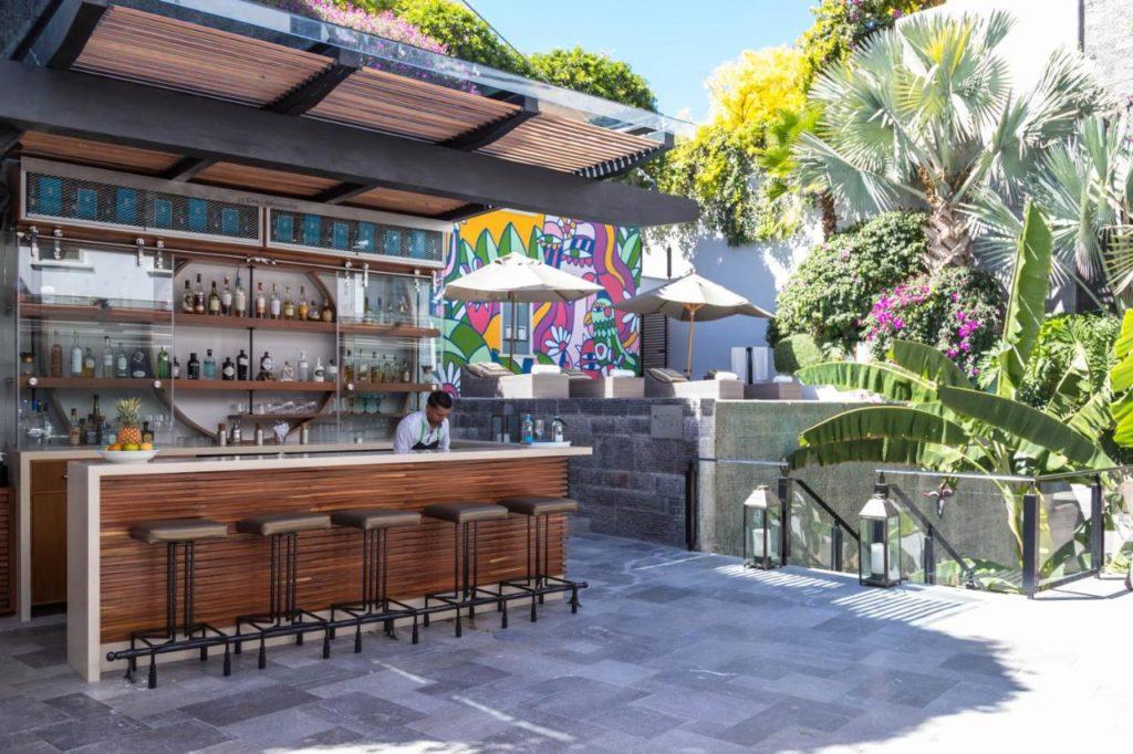 Matilda hotel pool bar